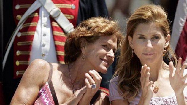 Monica Selešová (vpravo) a další bývalá tenistka Betsy McCormacková