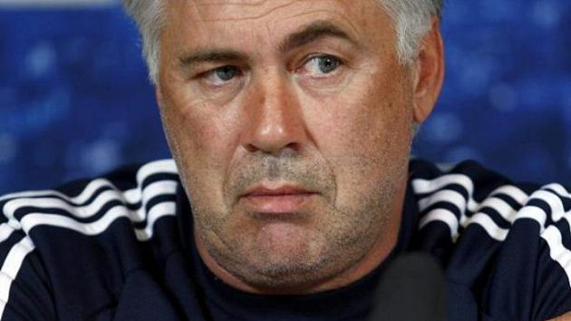 Trenér fotbalistů Chelsea Carlo Ancelotti