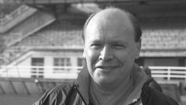 Trenér Miroslav Koubek na archivním snímku