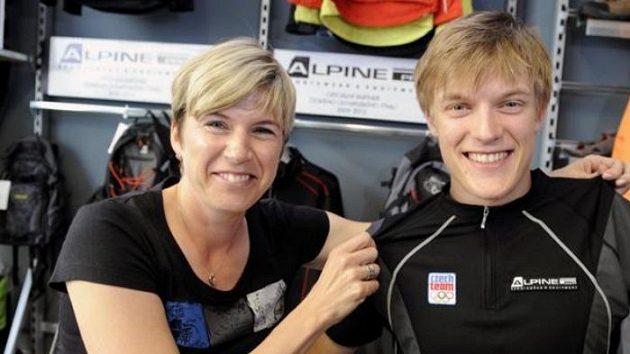 Kateřina Neumannová a Tomáš Verner představují kolekci oblečení olympijského týmu na ZOH ve Vancouveru