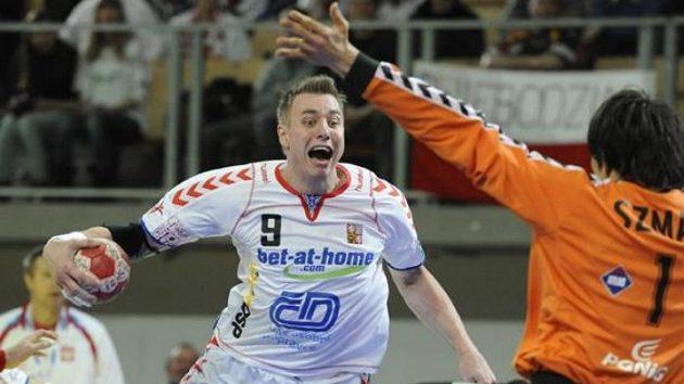 Filip Jícha během zápasu proti Polsku