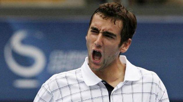 Chorvatský tenista Marin Čilič se raduje z výhry nad Španělem Rafaelem Nadalem