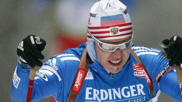 Ruský biatlonista Ivan Čerezov