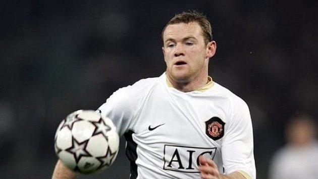 Den D se odkládá, nad budoucností Wayne Rooneyho se dál vznáší otazníky.
