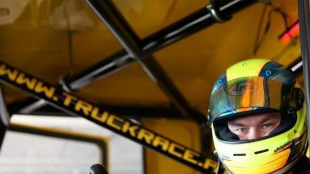 Adam Lacko v kabině tahače Man.