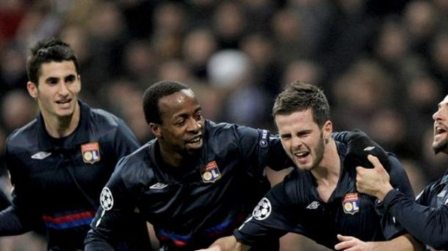 Radost fotbalistů Lyonu.