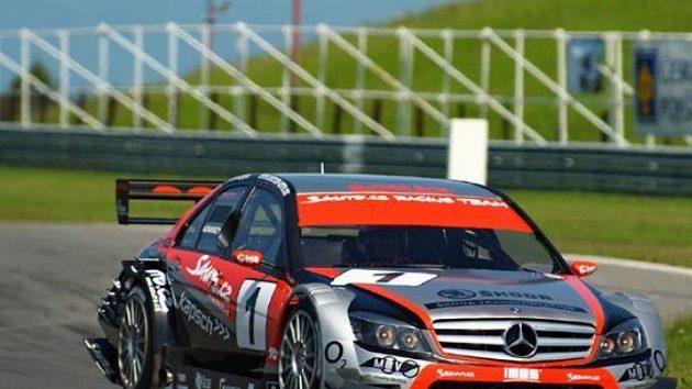 Antonín Charouz s vozem Mercedes Benz C-Klasse DTM při závodu MMČR divize 4 v Mostě.