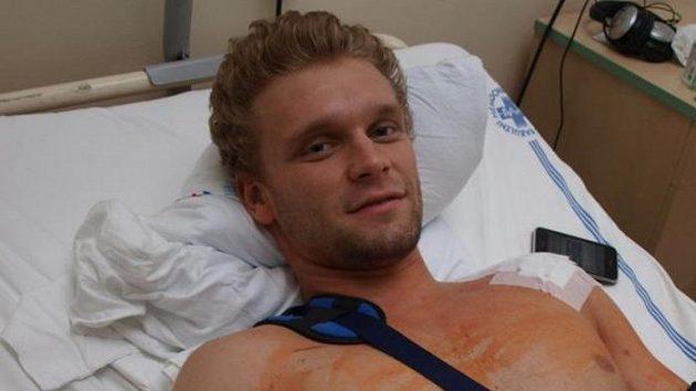 Ze svého zranění se nyní Martin Růžička zotavuje na ortopedické klinice olomoucké Fakultní nemocnice.