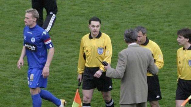 Fotbaloví rozhodčí - ilustrační foto