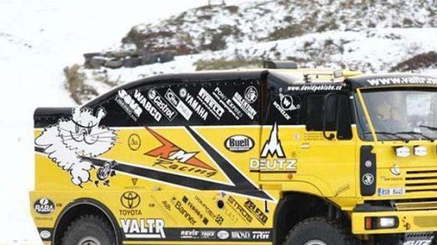 Kamión Liaz Martina Macíka při přípravě na Rallye Dakar 2009.