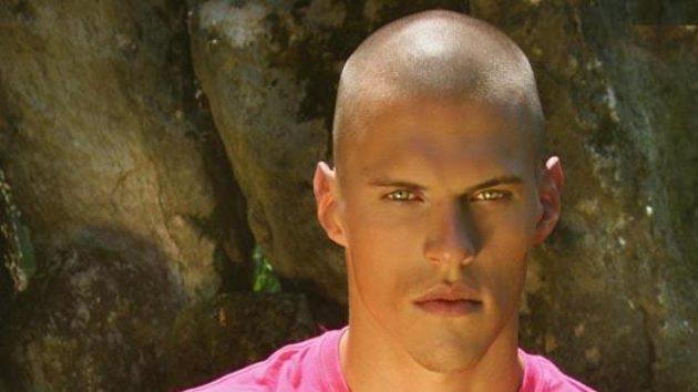 Slovenský fotbalový obránce Martin Škrteľ z Liverpoolu.
