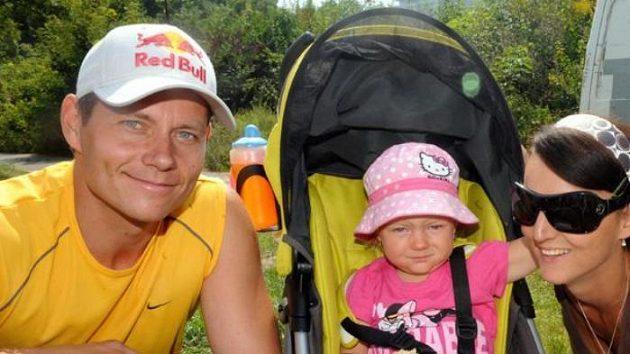 Skikrosař Tomáš Kraus s manželkou Lenkou a dcerou Lucií