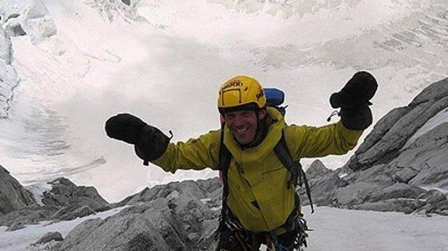 Snímek z expedice do Afghánistánu, Pákistánu a Nepálu dvojice Marek Holeček (na snímku), Jan Doudlebský.