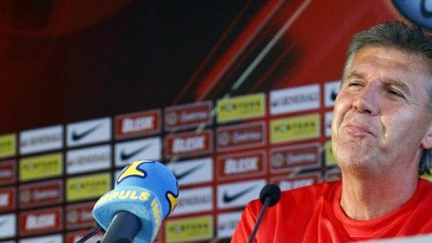 Trenér Sparty Jozef Chovanec si po derby vychutnával pocity vítěze.