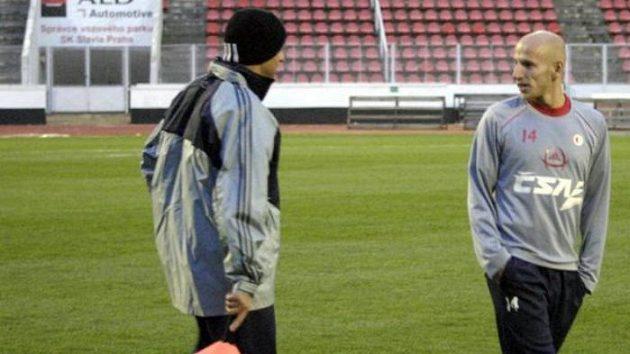 Patrik Gedeon (vpravo) ještě na tréninku Slavie Praha