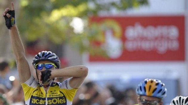 Cyklista Borut Božič (vlevo) se raduje v ícli 6. etapy Vuelty.