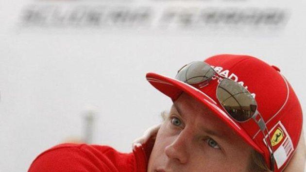 Finský pilot Kimi Räikkönen vnesl do rallye móresy, na které v něm nebyli lidé zvyklí.