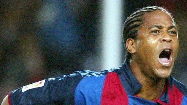 Patrick Kluivert ještě v dresu FC Barcelona