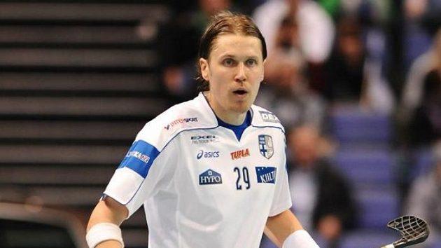 Finský florbalista Mika Kohonen