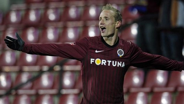 Jiří Jarošík se raduje z vedoucího gólu do sítě Liberce.