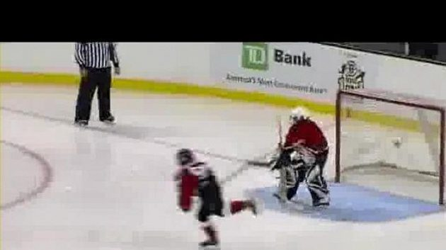 Devítiletý Kanaďan dal neuvěřitelný gól