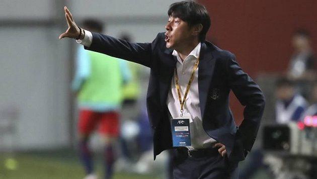 Trenér korejské reprezentace Šin.
