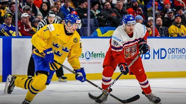 Češi na Švédy v základní skupině MS v Buffalu nestačili, prohráli 1:3.
