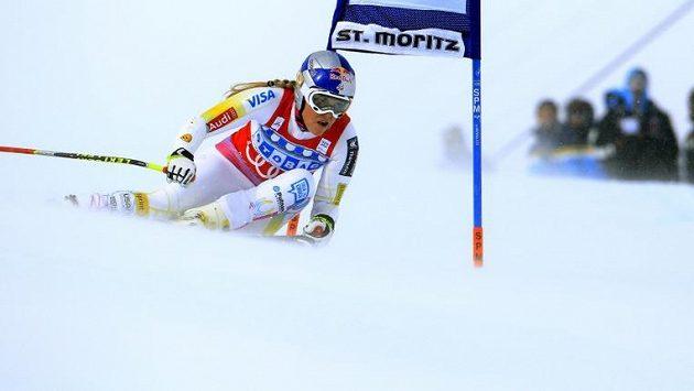 Lindsey Vonnová na trati superobřího slalomu.