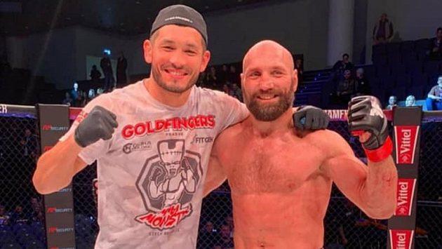 Machmud Muradov a Petr Kníže (vpravo). Přijde radost i ve Washingtonu na UFC?