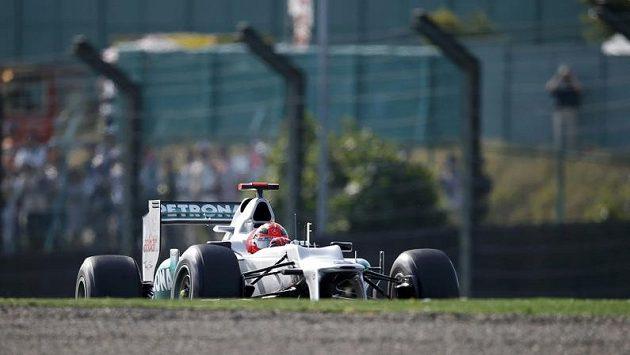 Michael Schumacher skončil během tréninku na VC Japonska mimo trať.
