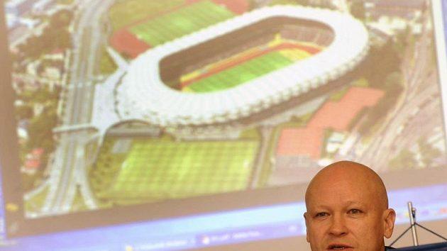 Předseda Českomoravského fotbalového svazu Ivan Hašek vystoupil 20. ledna v Ostravě na tiskové konferenci na téma nového fotbalového stadiónu.