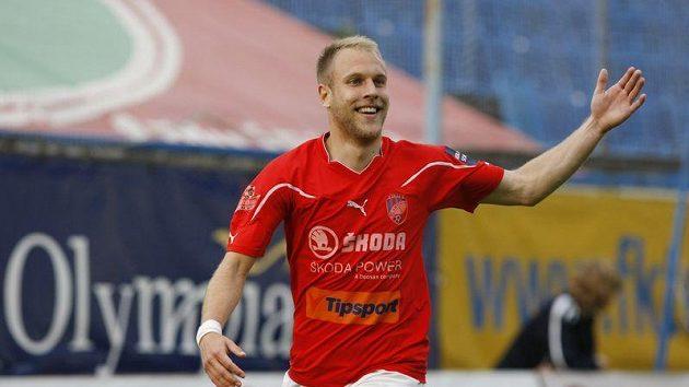 Daniel Kolář z Plzně se raduje z gólu.