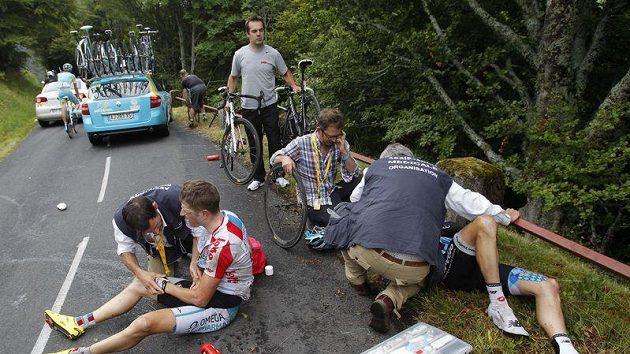 O těžké karamboly nebyla v deváté etapě Tour nouze.
