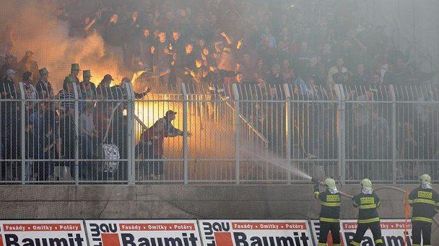 Fotbaloví fanoušci - ilustrační foto