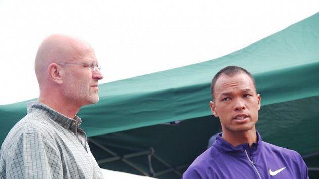 Ředitel TNT-Fortuna Meetingu Zdeněk Lubenský prožíval po odstoupení Bryana Claye a Romana Šebrleho těžké chvíle.