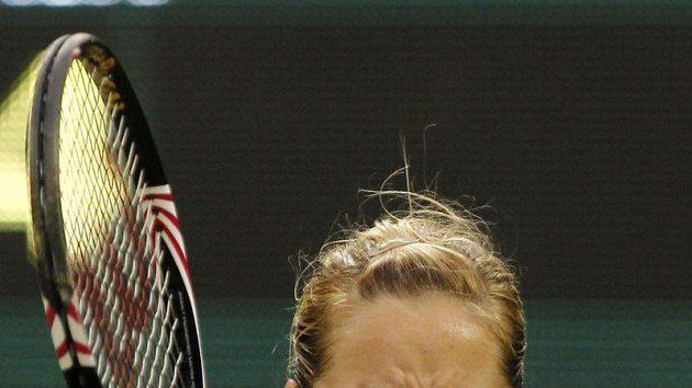 Sabine Lisická se raduje ze senzačního vítězství nad Číňankou Li Na ve druhém kole Wimbledonu.