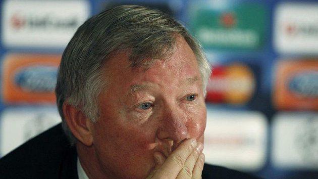 Alex Ferguson, manažer Manchestaru United, těžko překousával výprask v městském derby..