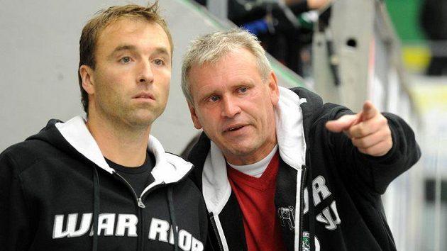 Milan Hnilička (vlevo) a Vladimír Hiadlovský, kteří momentálně připravují mužstvo Mladé Boleslavi.