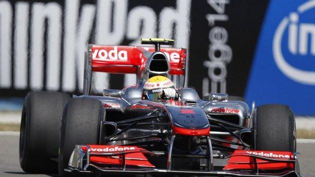 Lewis Hamilton v tréninku GP Turecka.