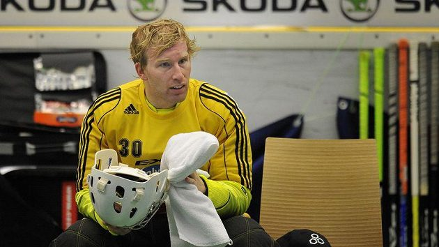 Gólman finského týmu SSV Helsinky David Rytych při florbalovém Poháru mistrů v Mladé Boleslavi.