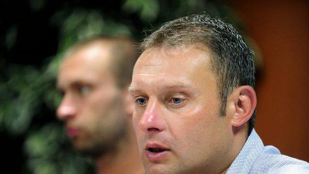 Trenér Ústí Svatopluk Habanec (vpravo) je s podzimními výkony mužstva navýsost spokojen.