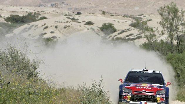Francouzský pilot Sebastien Loeb během Jordánské rallye