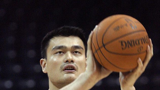 Basketbalista Houstonu Rockets Jao Ming