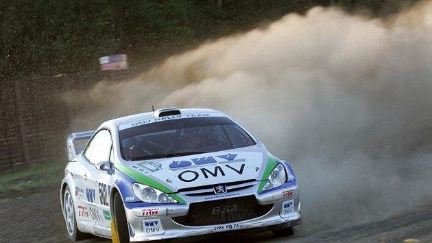 Štěpán Vojtěch a Michal Ernst s vozem Peugeot 307 WRC