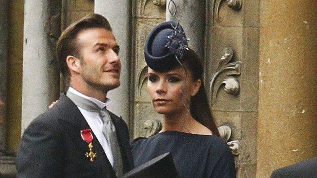 David Beckham s Řádem a manželkou Victorií na královské svatbě.