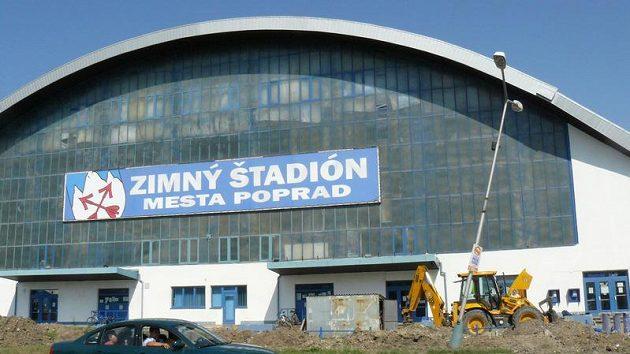 Zimní stadión v Popradu, kde by měl hrát zápasy KHL HC Lev.