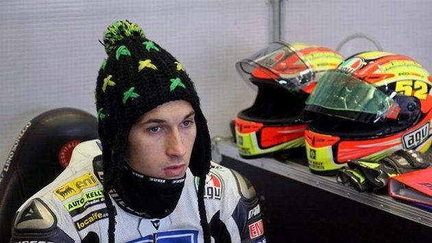Mezi jednotlivými testovacími jízdami nesěl Lukáš Pešek vychladnout.