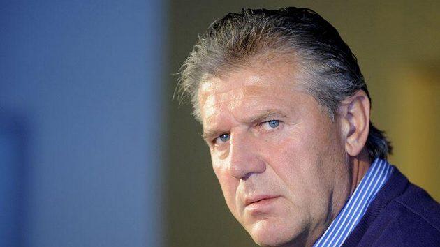 Kouč Sparty Josef Chovanec mohl být s bezgólovou remízou spokojen, protože jeho tým má v odvetě o co hrát.