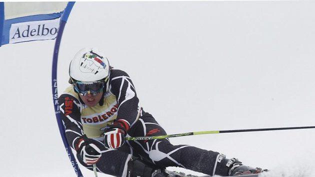 Ondřej Bank na trati slalom Světového poháru v Adelbodenu