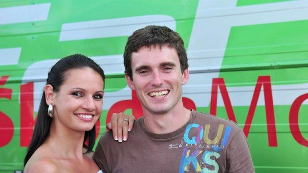 Rallyeový jezdec Jan Kopecký s přítelkyní Evou Šlapetovou.